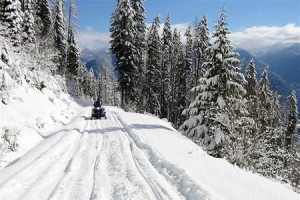 Outlaw Tours Snow Mobiling